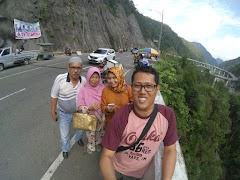 Perjalanan menuju ke Jalan Kelok 9 Sumatera Barat