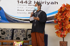 Masa PPKM Lanjutan, Momentum Idul Adha 1442 H SMK Global Mulia Berikan  Ratusan Bingkisan Daging Pada Masyarakat Sekitar