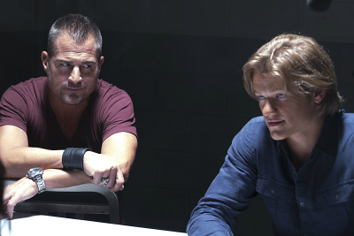 "George Eads and Lucas Till in ""MacGyver"", TV show review"