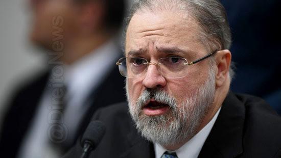 carvalhosa protocola pedido impeachment augusto aras
