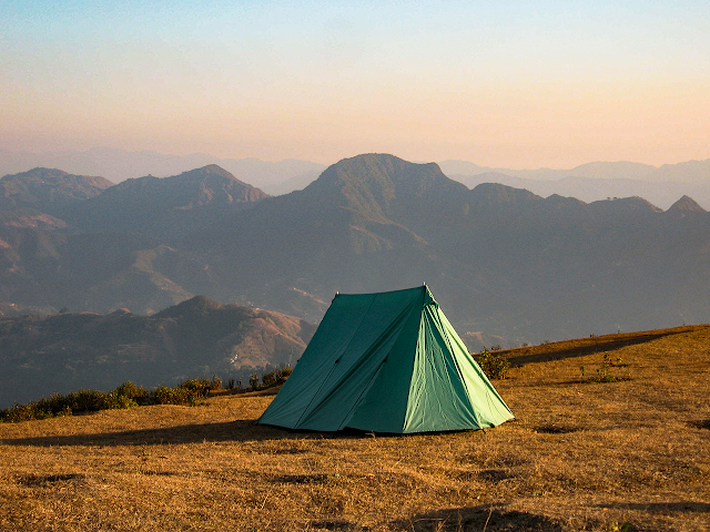 Right Outdoor Camping Products for better experience