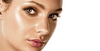 5 Bahan Alami Efektif Mengatasi Wajah Berminyak