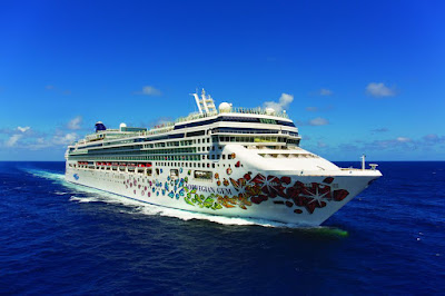 Norwegian Cruise Lines' Norwegian Gem sails to the Eastern Caribbean, Southern Caribbean, Panama Canal and Florida Bahamas cruises