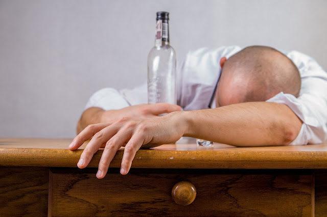HOW MENTAL DISTURBANCES CAUSED BY ALCOHOL HAPPEN?