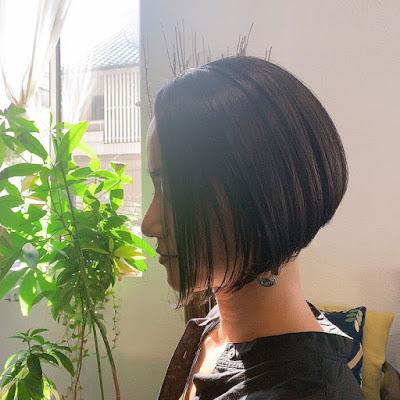 ショートヘアアシンメトリー