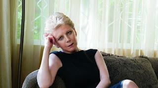 H απάντηση της Έλενας Ακρίτα στον Αμβρόσιο: Μην ενοχλείστε όταν σας λένε χουντικό και φασίστα