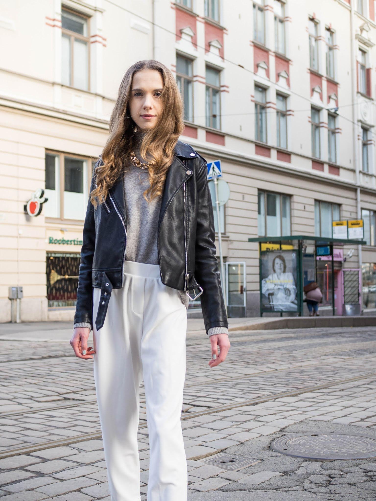 Mustavalkoinen asukokonaisuus kevääseen // Black and white spring outfit