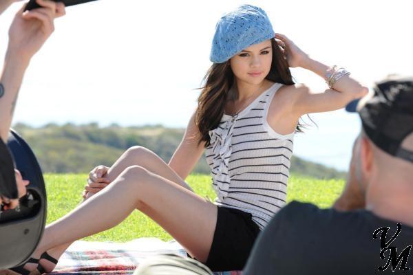Fashion V&M: Dream Out Loud By Selena Gomez