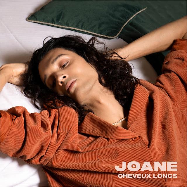 JOANE - CHEVEUX LONGS