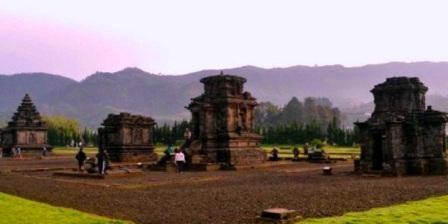 Komplek Percandian gunung Arjuna