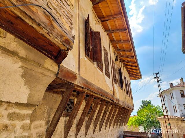 Safranbolu, Tarihi Yörük Köyünde Bir Kısmı Onarım Görmüş Tarihi Osmanlı Evi