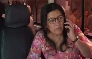 Lurdes em cena da novela das 21h da Globo, Amor de Mãe (Foto: Reprodução)