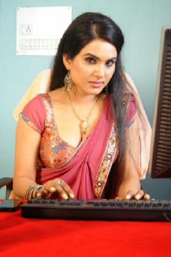 SOUTH INDIAN ACTRESS wallpapers in HD: Kavya Sing Hot in ...