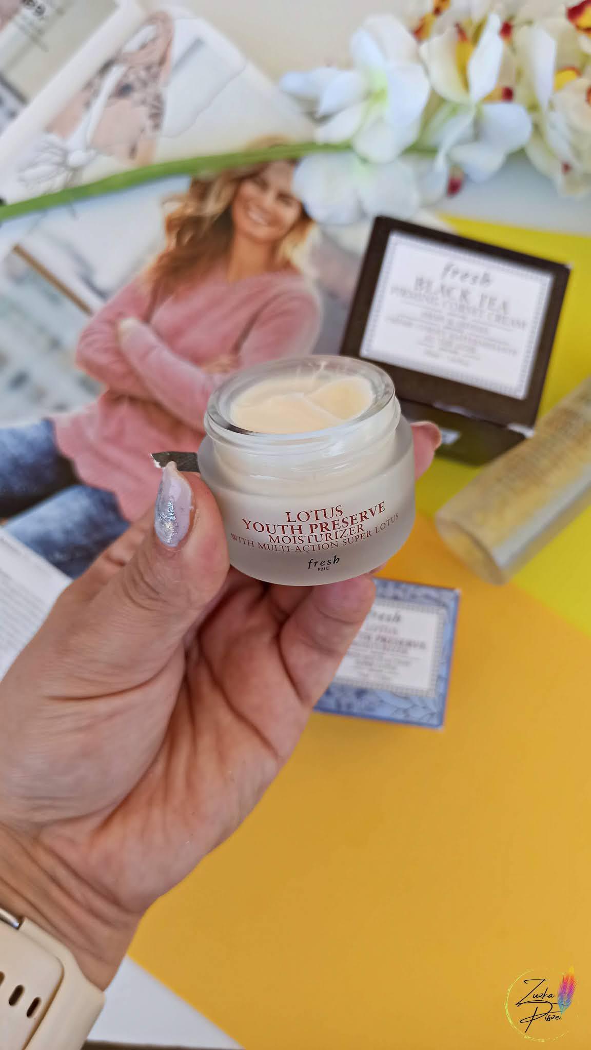 Fresh Lotus Youth Preserve Face Cream - nawilżający krem przeciwstarzeniowy