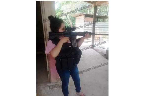 """Por desquite de haber asesinado a """"La Guadaña"""" ahora El CJNG captura y le da muerte a novia de Sicario de Cárteles Unidos"""