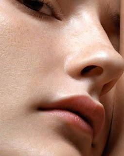 Cara Mengecilkan Pori Pori Wajah Secara Alami dan Cepat