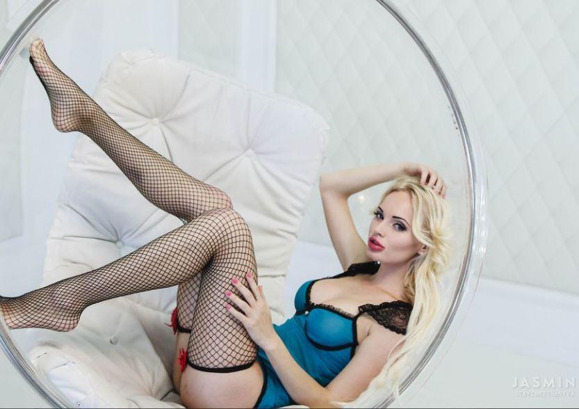 SexySweetNastyaModel GlamourCams