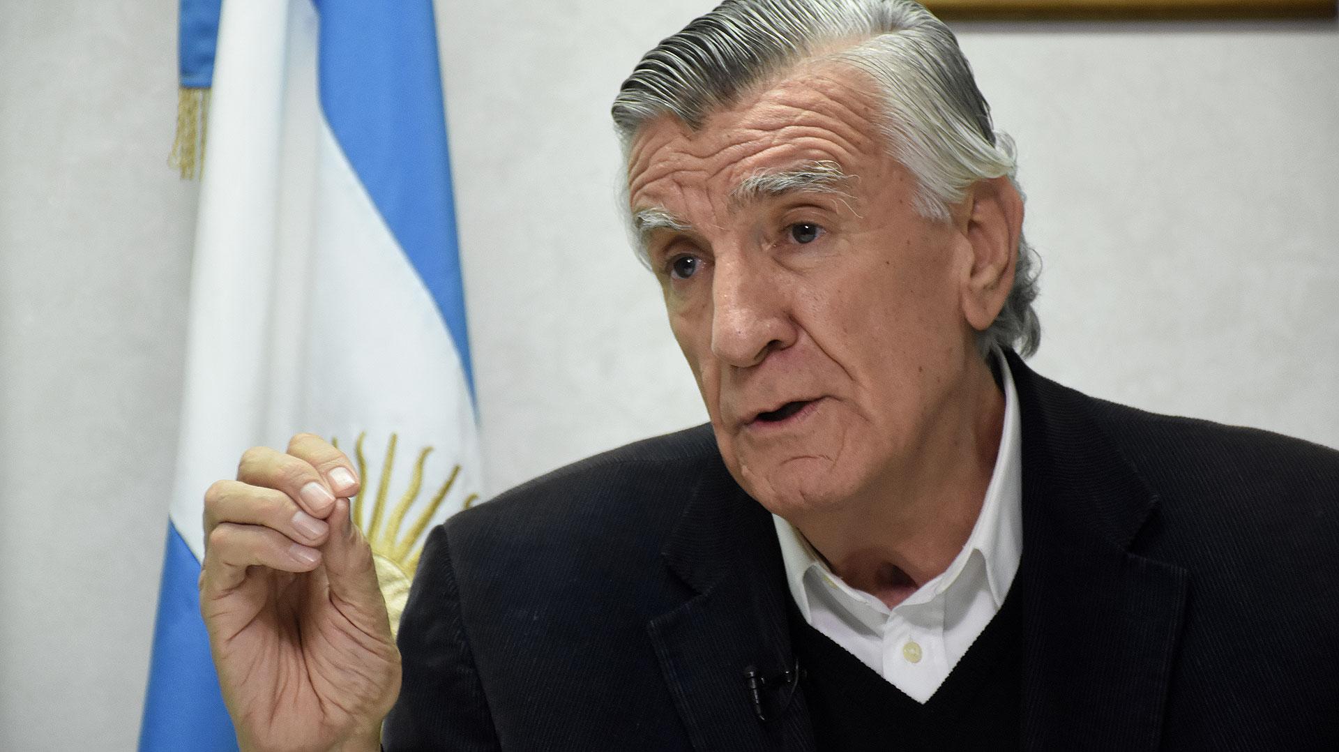 José Luis Gioja dio positivo en coronavirus