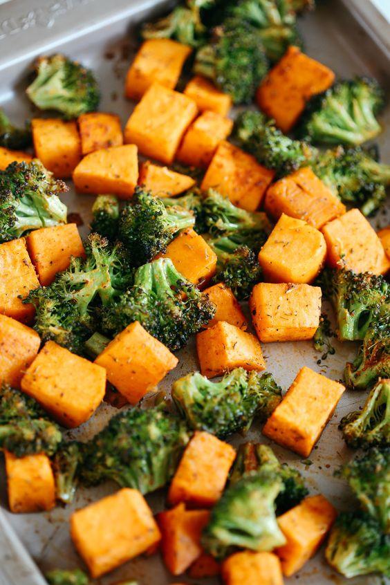 PERFECTLY ROASTED BROCCOLI & SWEET POTATOES #recipes #vegetable #vegetablerecipes #food #foodporn #healthy #yummy #instafood #foodie #delicious #dinner #breakfast #dessert #lunch #vegan #cake #eatclean #homemade #diet #healthyfood #cleaneating #foodstagram