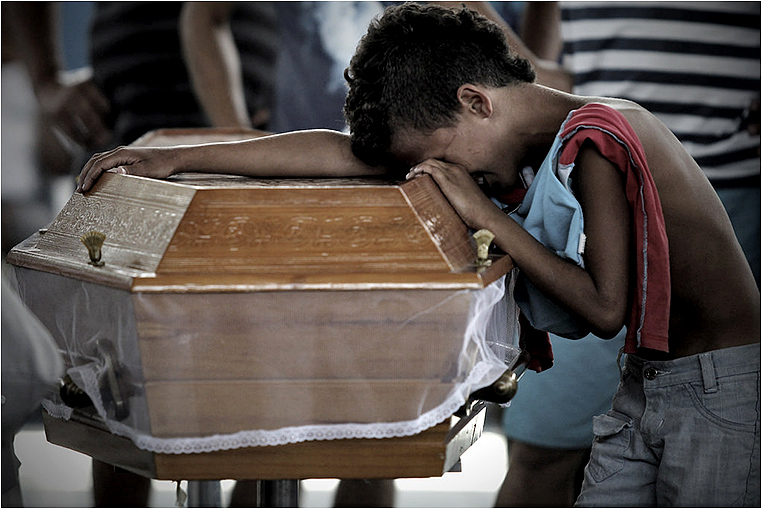 Emerging Photographers, Best Photo of the Day in Emphoka by Bruno Gonzalez