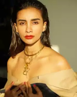 Patralekhaa, Age, Weight, Height, Hair Color Physical Appearance
