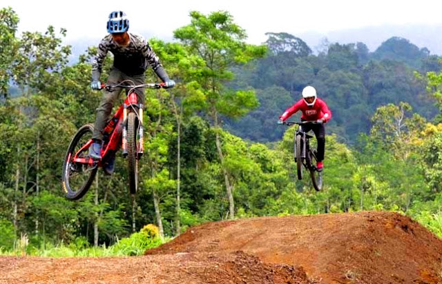 Lintasan MTB Gumarang Bike Park