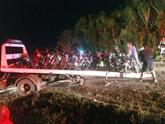 Ação resulta na apreensão de 12 motocicletas com canos de descarga irregulares em  Mato Escuro