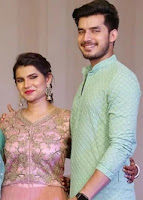 paras kalnawat with here sister