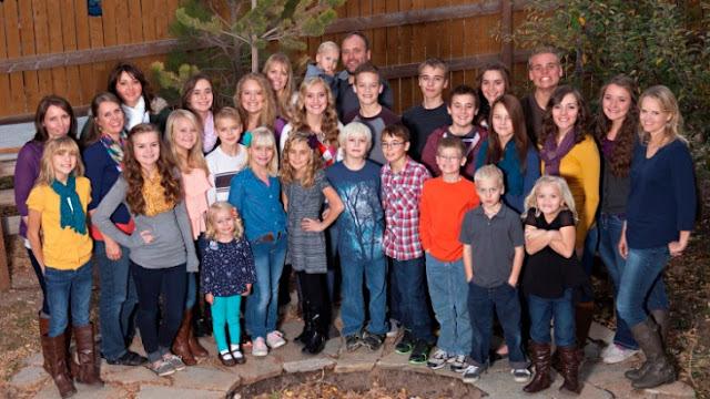 Increíbe, este hombre vive con 5 esposas y 25 hijos en Utah