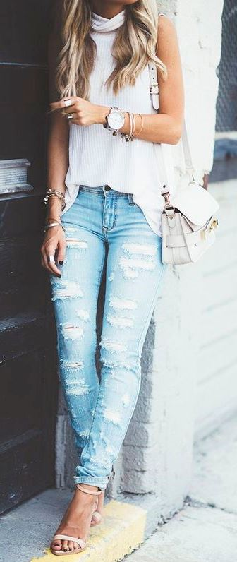 stylish look | rippedjeans + heels + bag + high neck top