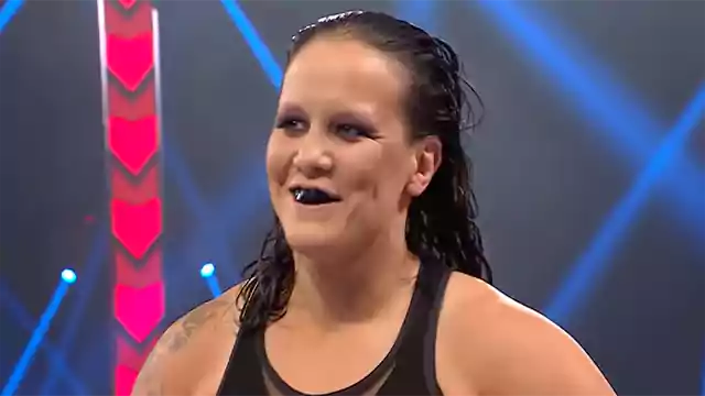 5 WWE Superstars Active female over the age of 40