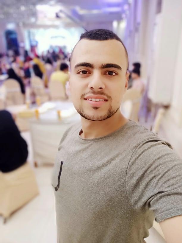 على غرار أحمد خالد توفيق.. محمود عوض يتألق في ربوع الثقافة