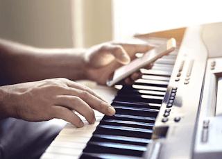 Cara Membuat Video Lirik Lagu