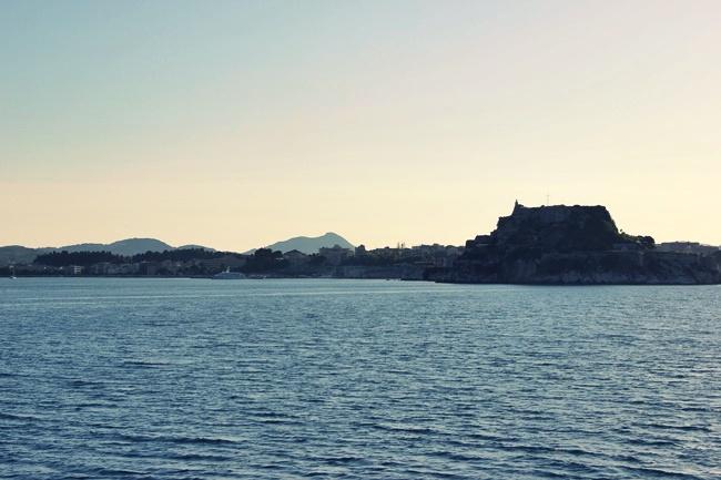 ostrvo Krf putovanje trajektom