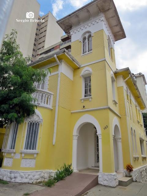 Vista ampla de um antigo Casarão na Rua dos Ingleses - Morro dos Ingleses - São Paulo
