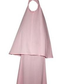 Hukum Seorang Muslimah Menggunakan Hijab Syar'i