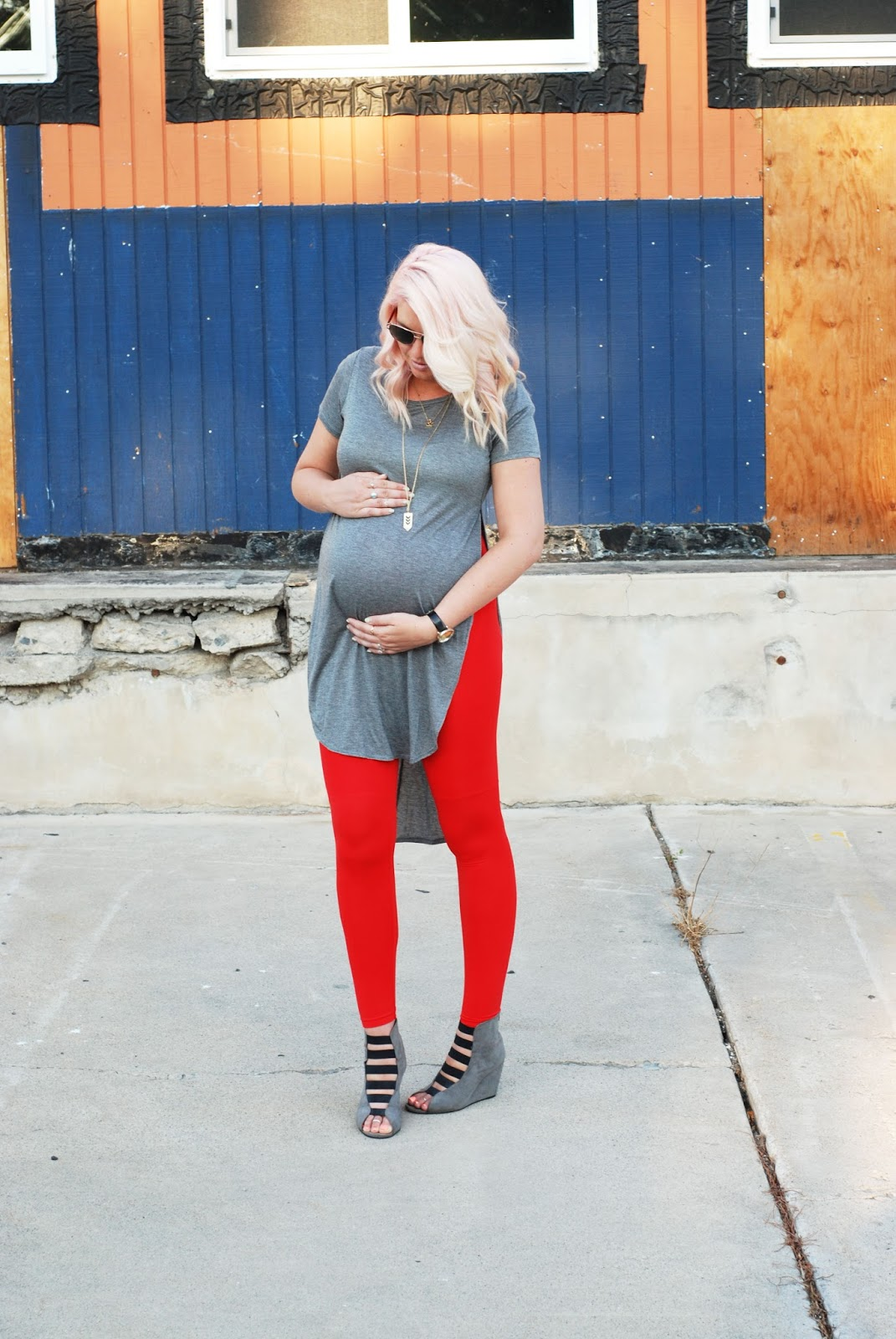 Pregnant Outfit Ideas, Red Leggings, Maternity Style