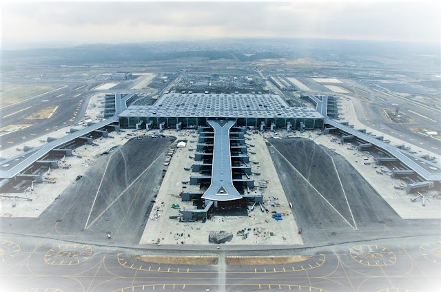 Robot stewardess will smile at millions of passengers at the new Istanbul airport