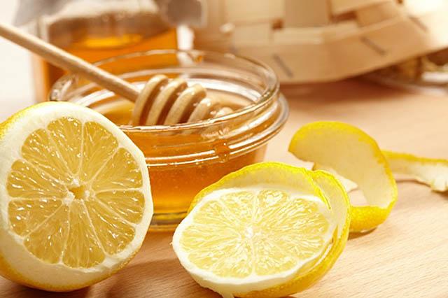 Atasi flu dengan campuran jeruk nipis dan madu