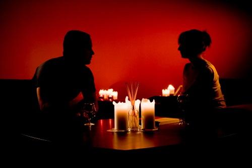 Banyak Suami yang Tak Sadar Telah Lakukan 5 Perselingkuhan ini, Para Istri Boleh Share