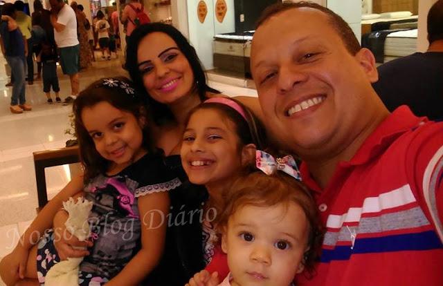 Como deixar o fundo das imagens transparentes + Brincando com o editor de imagens online Nosso Blog Diário http://dulcineiadesa.blogspot.com.br