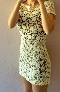 sukienka mini szydelkiem