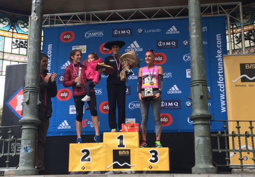 Podio Femenino Behobia -  San Sebastián 2017