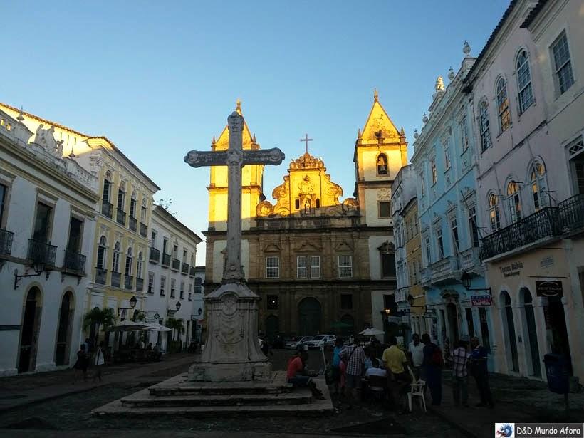Lardo do Cruzeiro em frente à Igreja e Convento São Francisco - o que fazer em Salvador