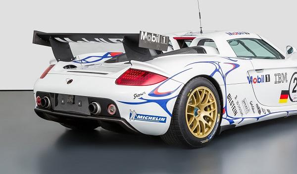 Porsche Carrera GT-R