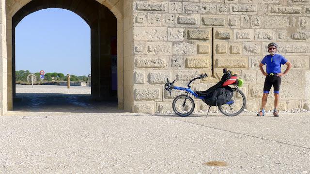De Paris à Narbonne en vélo, Tour Carbonnière