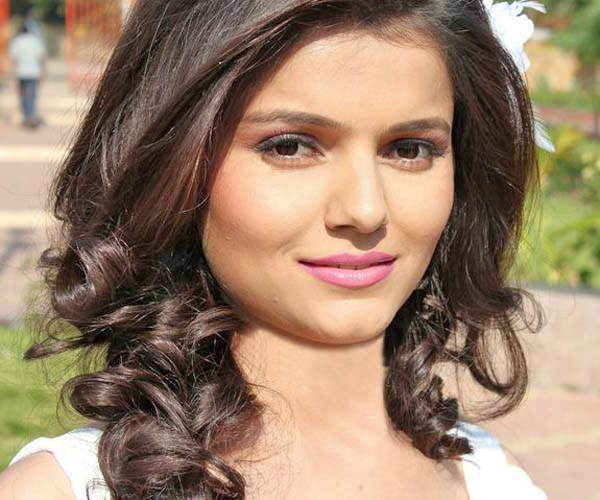 Rubina Dilaik Navel « Daily Best And Popular