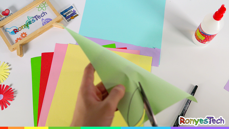 Grow an Origami Plant Craft Instruction Step2