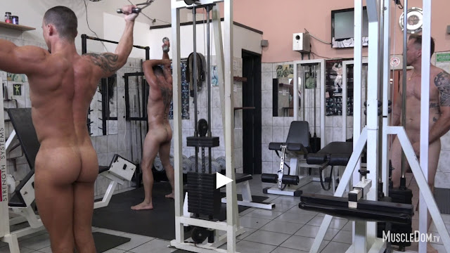 MuscleDom - Naked Gym 3