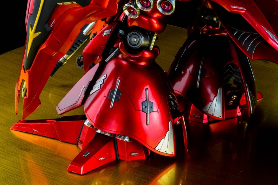 Custom Build: Neo Grade - 1/100 MSN-04II Nightingale [Metallic Finish]